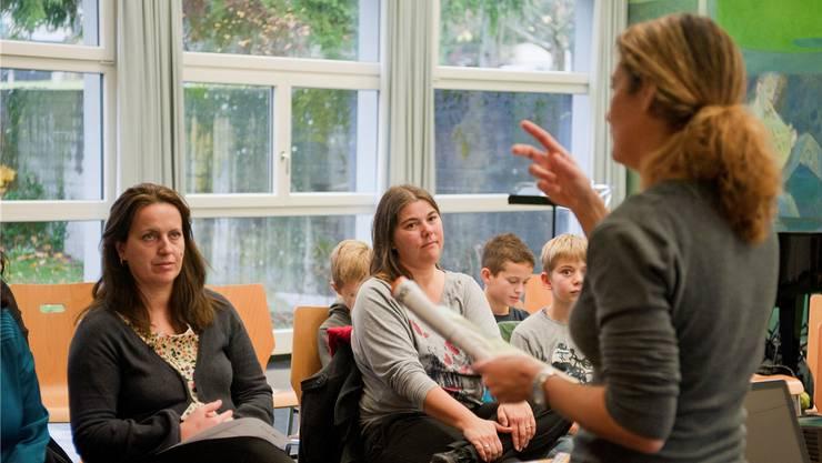 Im Schulhaus Stock in Rombach fand zum dritten Mal der Erzählnachmittag statt.