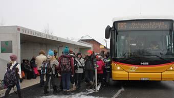Im Bucheggberg wird der öffentliche Verkehr für die Schülertransporte genutzt.