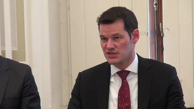 Pierre Maudet gibt Regierungspräsidium, Polizei und Flughafen ab