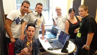 Das Team von Radio Blitz: Kilian Messerli, Michel Leuenberger, Daniel Wisard, Jorge Tomas, Bianca Staub und Christoph Staub (von links).