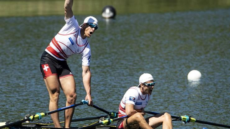 Barnabé Delarze and Roman Röösli (rechts) triumphieren auch zum Weltcup-Abschluss in Rotterdam