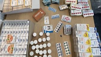 Der Verkaufswert der sichergestellten Medikamente beträgt rund 55'000 Schweizer Franken.