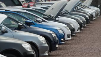Der Autoverband rechnet damit, dass Kundinnen und Kunden nach der Krise vor allem auf günstigere Modelle zurückgreifen werden. (Symbolbild)