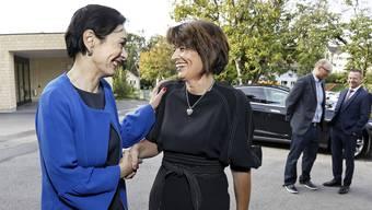 Der letzte Auftritt im Aargau vor der Rücktrittsankündigung: Doris Leuthard (rechts) mit CVP-Aargau-Präsidentin Marianne Binder in Mühlau