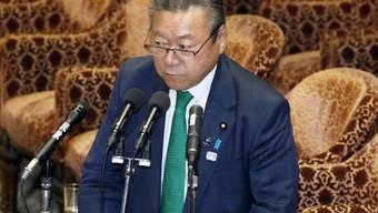 Yoshitaka Sakurada am Mittwoch im Parlament.