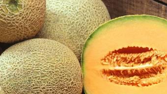 Der Mann verwendete eine Melone als Wurfgeschoss.