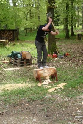Oliver Kaufmann stellte am Banntag seinen Hobby Timbersport vor.