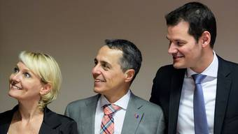 Weil die Fraktion keine Auswahl vornehmen will, bleiben alle freisinnigen Kandidaten im Rennen: Isabelle Moret, Ignazio Cassis und Pierre Maudet (v.l.)