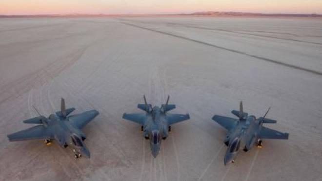 Kampfjets von Lockheed Martin: Das Unternehmen produziert gemäss Menschenrechtsorganisationen auch geächtete Waffen. Foto: Lockheed Martin