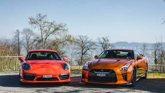 Porsche 911 Turbo S gegen Nissan GT-R