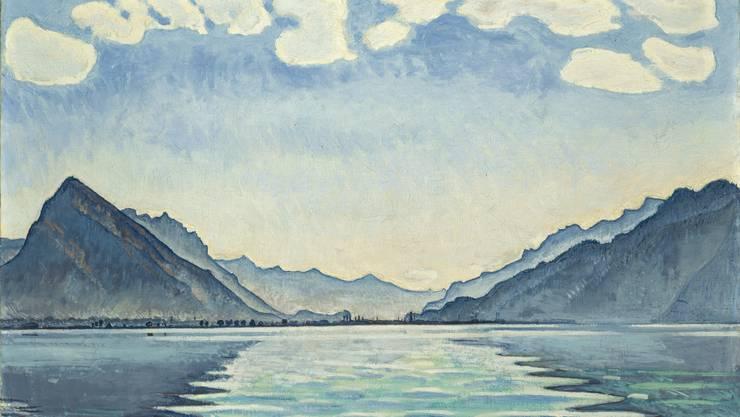 Symmetrien, parallele Linien und duftige Wölkchen sind Ferdinand Hodlers Markenzeichen. Wie hier in «Le Lac de Thoune aux reflets symétriques» von 1905.