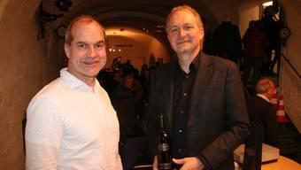 David Wälchli (l.), mit Reto Marti nach dessen Vortrag im Fricker Kornhauskeller.