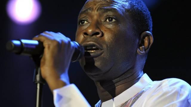 Youssou N'Dour - hier bei einem Auftritt in Montreux - wird zur Präsidentschaftswahl in Senegal nicht zugelassen (Archiv)