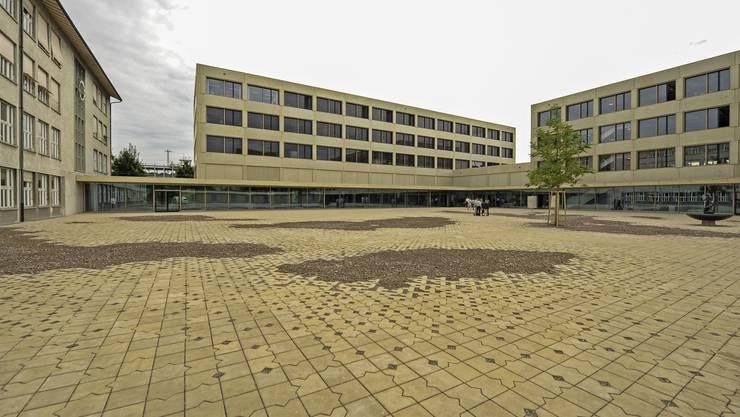 Im neuen Schuljahr besuchen 570 Sekundarschüler das Sandgrubenschulhaus. Es ist der grösste Schulhausneubau in Basel seit 45 Jahren.