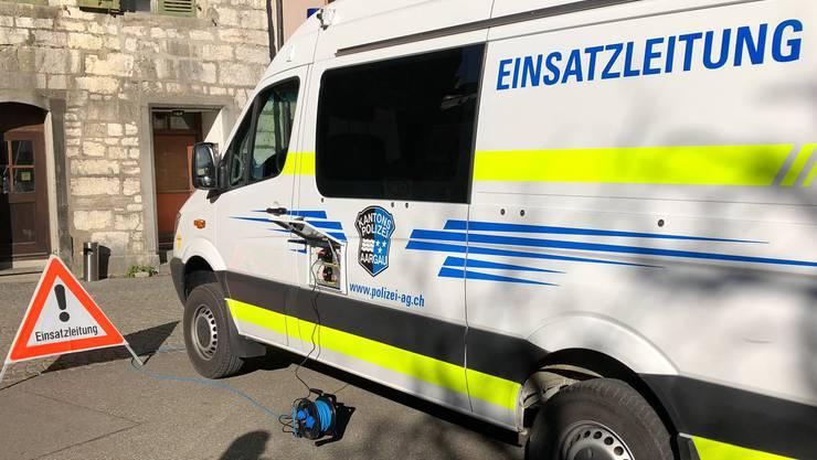 Grosseinsatz für die Polizei in Baden im November 2018: Grund war eine anonyme Bombendrohung.