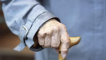 Der Zinssatz der Altersguthaben bleibt unverändert bei mindestens 1 Prozent. Das hat der Bundesrat beschlossen.