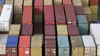 Container bei Rhenus Alpina AG. (Symbolbild)