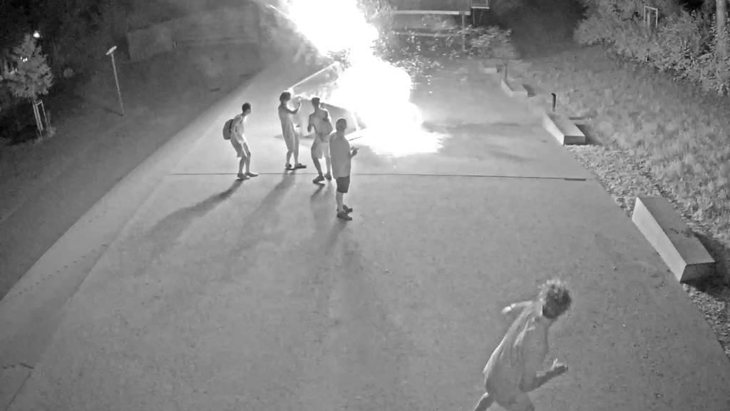 Brunnen in Winterthur (ZH) gesprengt: Stadtpolizei veröffentlicht Fahndungsvideo