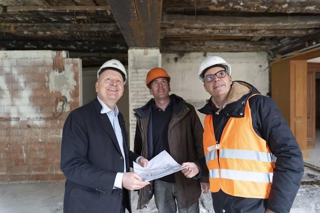 Voller Vorfreude: Architekt Christian Lang, Projektleiter Christian Dill und Marc Bertschinger, CEO der Thermalbäder Baden, Bad Zurzach und Bad Säckingen (v.l.).