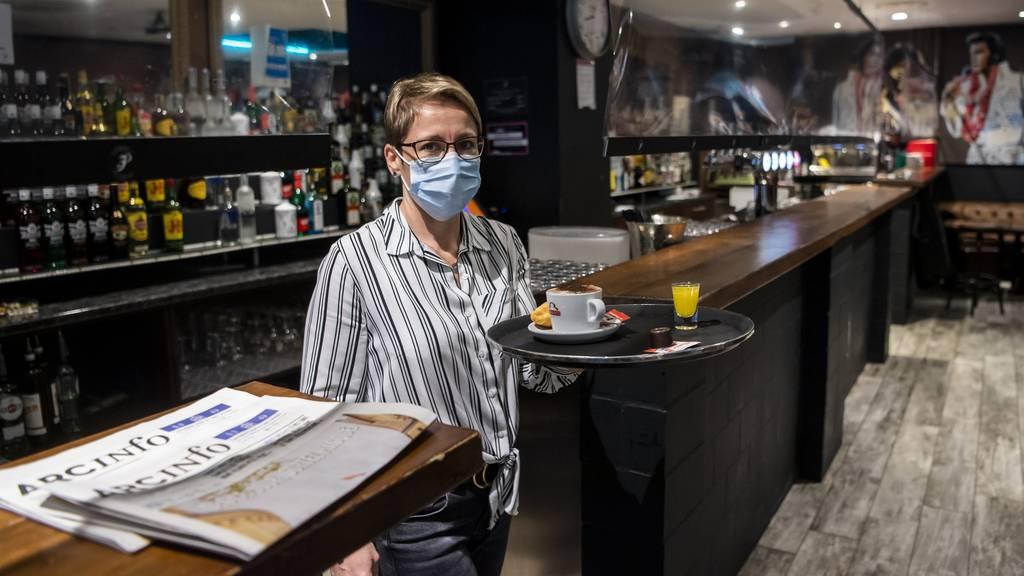 Der Kanton Neuenburg greift seiner Gastronomie unter die Arme