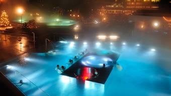 Ab diesem Freitag verwandelt sich das Thermalbad Zurzach einmal in der Woche in ein Partylokal.  zvg