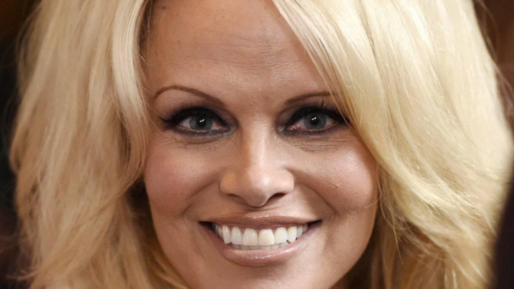 Pamela Anderson ist nach 13 Jahren Behandlung endlich virenfrei (Archiv).
