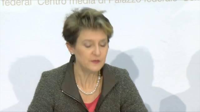 """Simonetta Sommaruga: """"Durchsetzungsinitiative ist unmenschlich"""" (22.12.2015)"""