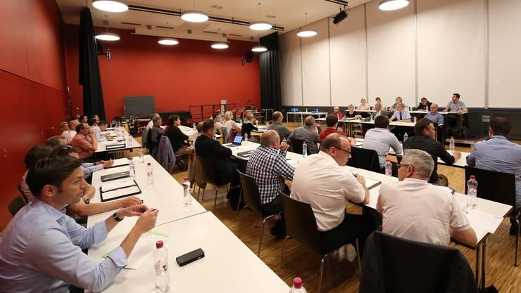 Kritik hagelte es im Einwohnerrat Lenzburg vor allem von bürgerlicher Seite. (Archiv)