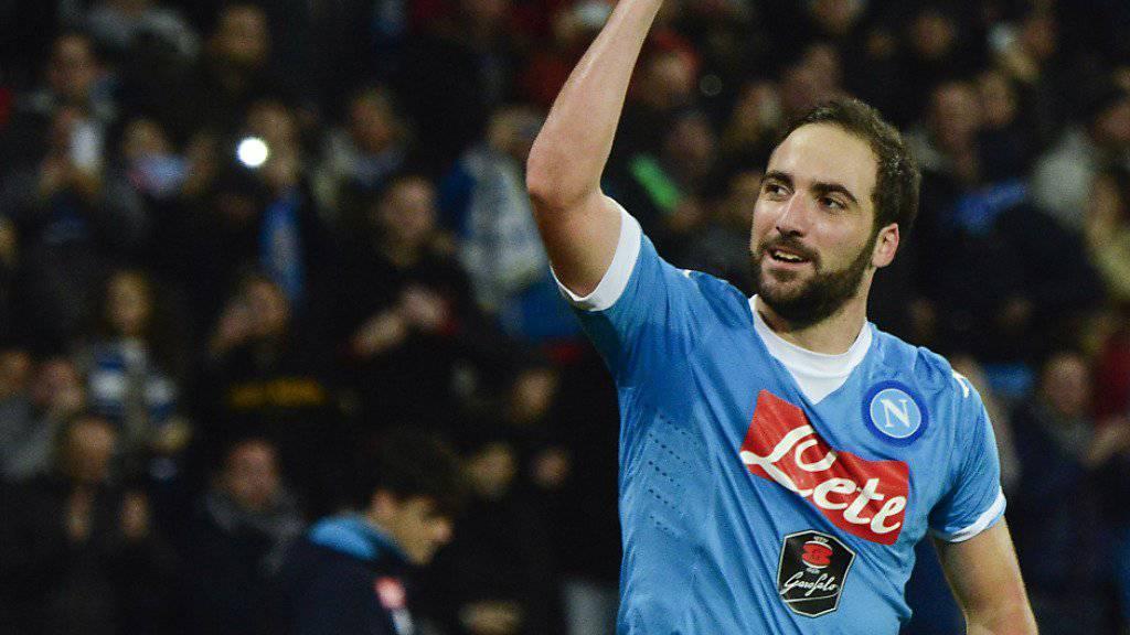 Gonzalo Higuain schoss Napoli an die Tabellenspitze
