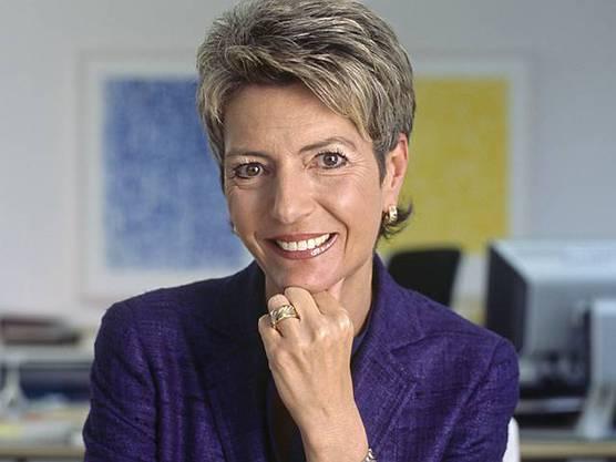 Karin Keller-Sutter gibt ihre Kandidatur bekannt (Archiv)
