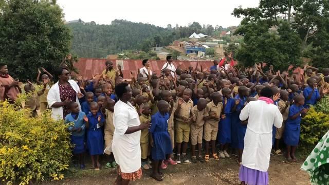 Ruandesische Sing- und Tanzkünste – Aufnahmen von der Reise im Oktober 2018
