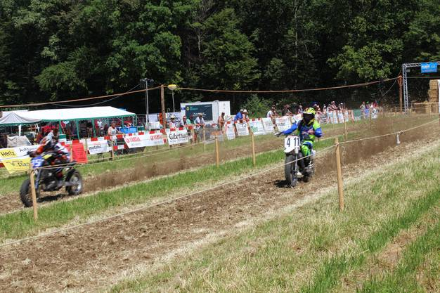 Impressionen vom ersten Drag Race der Fricktaler Motorsportfreunde auf dem Kornberg.