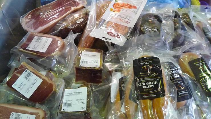 Fleisch-Schmuggel im grossen Stil: Rund 200 Mal fuhr der Beschuldigte im Raum Schaffhausen über die Grenze. Das Auto jeweils voller Spezialitäten aus Portugal.