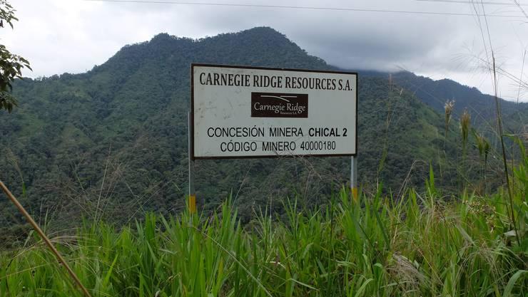 Mindestens elf Bergbaukonzessionen gefährden das Naturreservat in Ecuador.