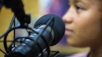 Ferienpass-Kinder auf Sendung beim Grenchner Radio Blitz