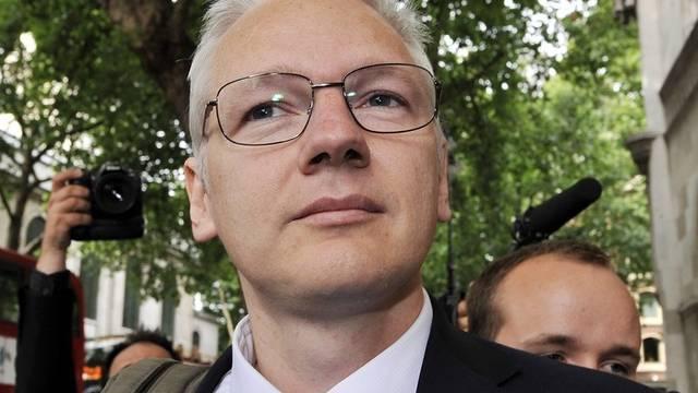 Julian Assange beantwortete keine Fragen der Journalisten