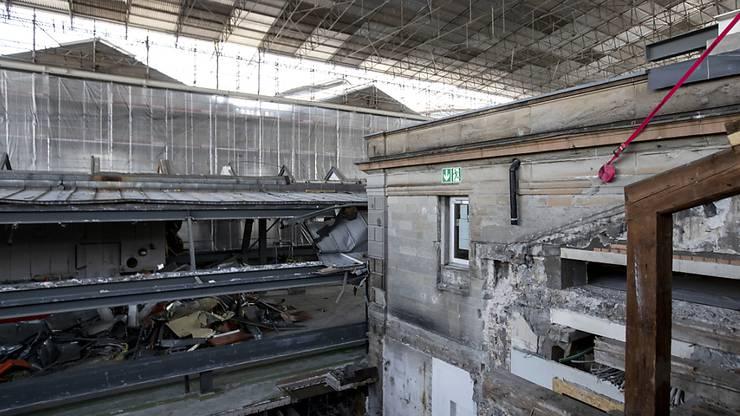 Die Sanierungsarbeiten am Südtrakt des Zürcher Hauptbahnhofs dauern über drei Jahre.