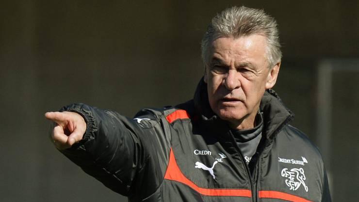 Wer nimmt er mit nach Brasilien? Schweizer Nati-Coach Ottmar Hitzfeld.