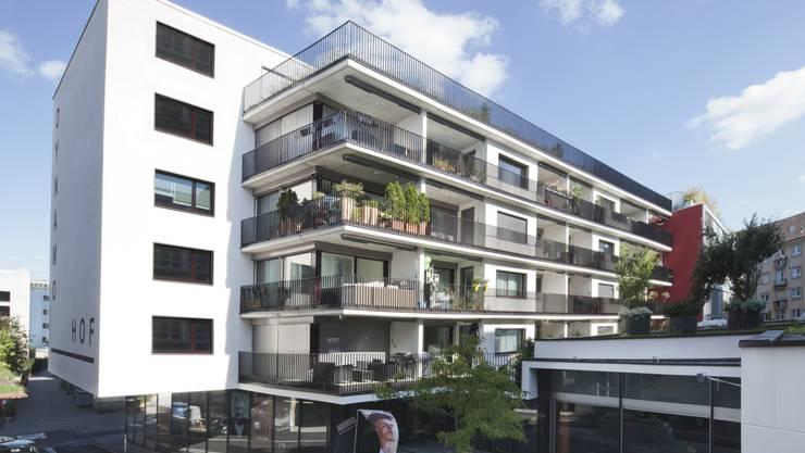 Der «Dynamohof» im Zentrum von Baden ist ein Anlageobjekt der Aquilana Versicherungen. Alle 28 Wohnungen und rund 700 Quadratmeter Geschäftsflächen sind seit April 2015 vermietet.