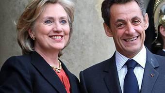 Hillary Clinton auf Kurzbesuch bei Nicolas Sarkozy