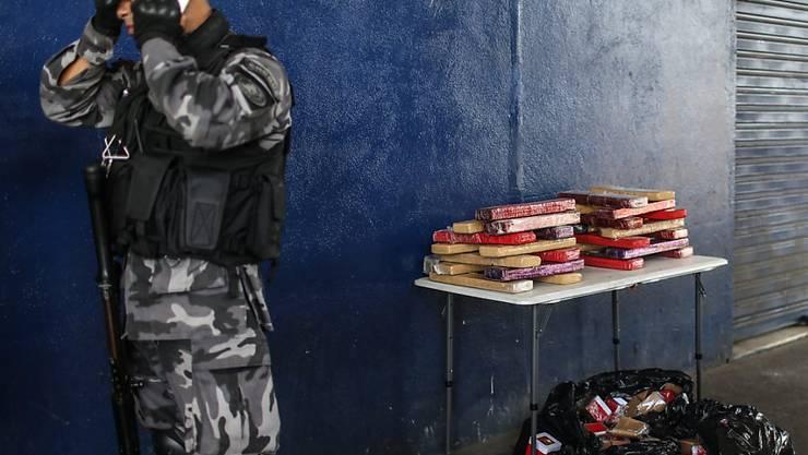 Polizeieinsatz in der Favela Maré: Bei der Razzia in Rio de Janeiro starben vier Menschen.