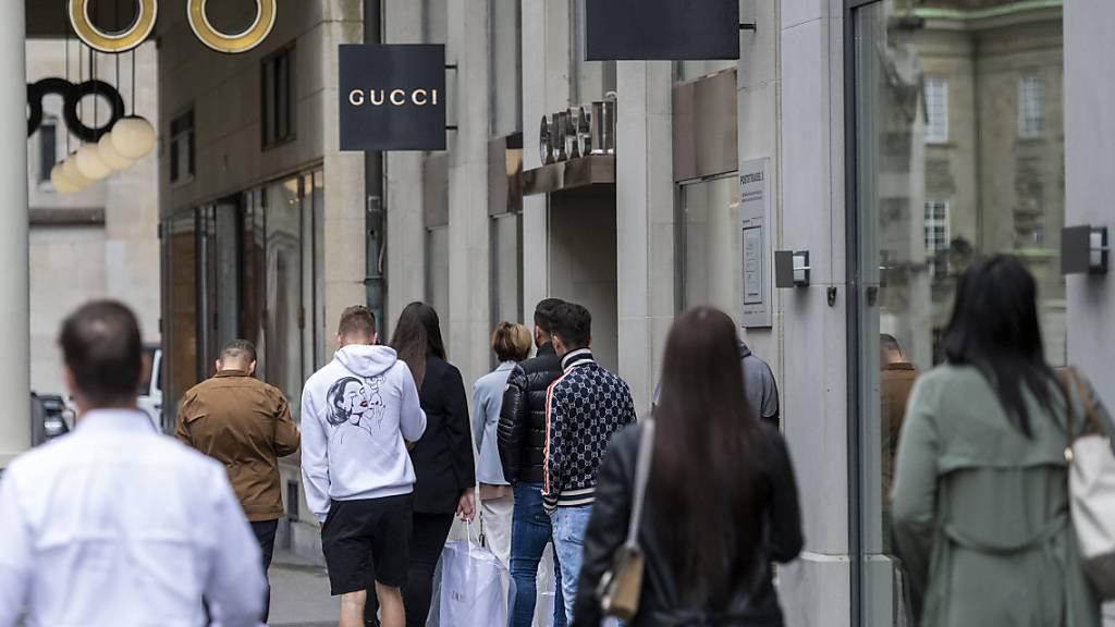 Die Corona-Pandemie hat dem jahrelangen Wachstum der Marke Gucci ein Ende gesetzt. (Archivbild)