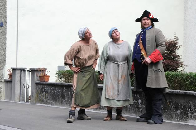 Den Vaganten Hans Melchior Vögeli gab es wirklich. Er war ein Gauner, der 1752 in Klingnau auftauchte. Die beiden Marktweiber melden dies dem Hatschier.