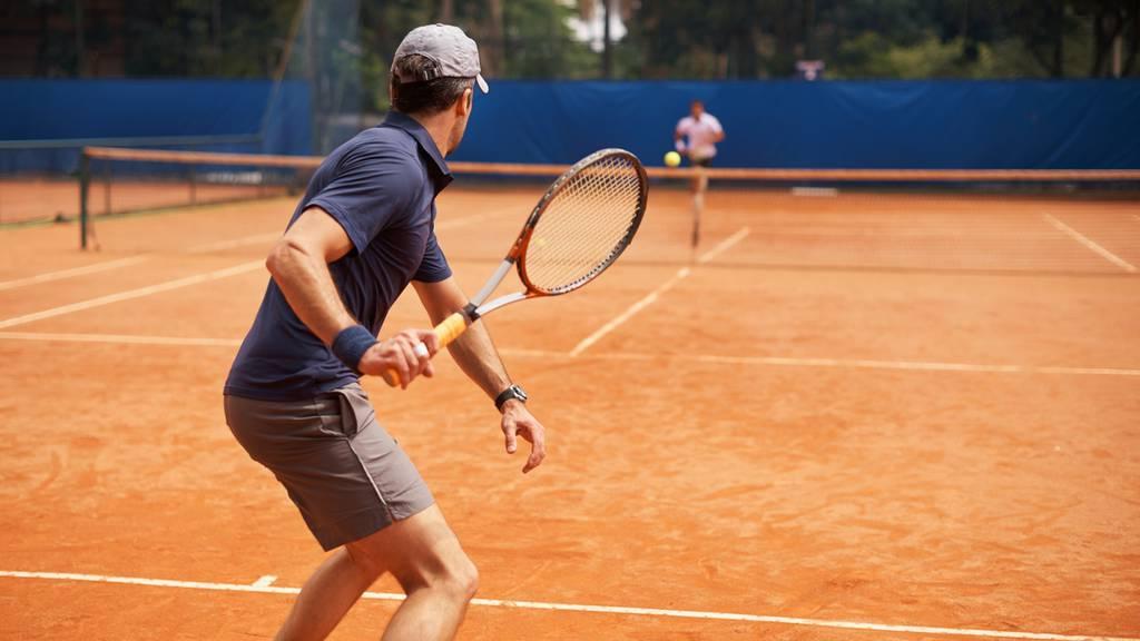 Tennisverbände und Fitnesszentren stehen in den Startlöchern