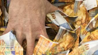 65'995'042,70 Franken: Viel Geld für Weihchnachtsgeschenke. (Symbolbild)