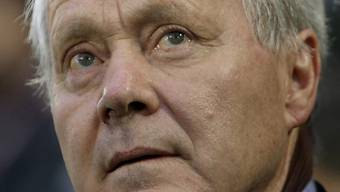 Ex-Nationalcoach Köbi Kuhn ist an Alters-Leukämie erkrankt.