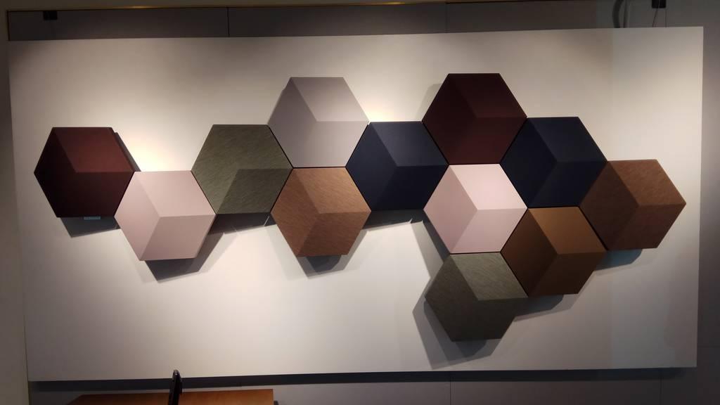Kunst oder Lautsprecher an der Wand? BeoSound Shape