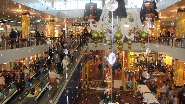 Das Einkaufszentrum Shoppi Tivoli war am Sonntag sehr gut besucht.