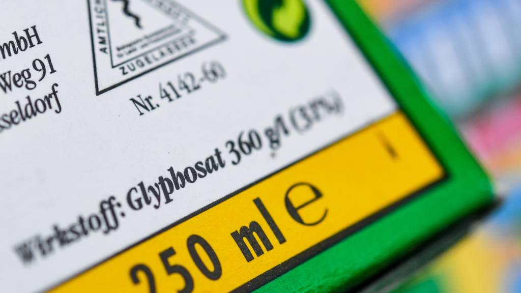 Das Parlament will weder ein Verbot von Glyphosat noch einen Ausstiegsplan aus der Glyphosat-Nutzung. Es hat Standesinitiativen der Kantone Genf und Jura abgelehnt. (Archivbild)
