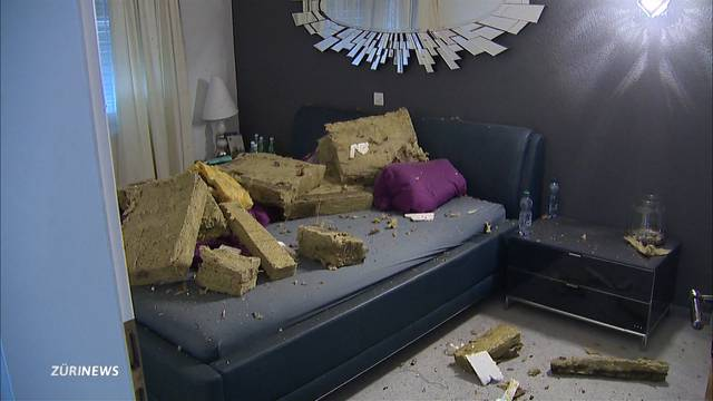 Sturm Uwe beschädigt mehrere Häuser